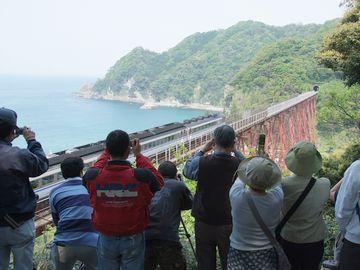 『余部鉄橋』の定番写真は、ここから撮ったものなんですよ