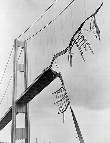 1,600メートルの橋が落ちたら……