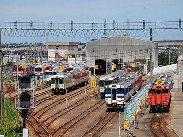 現在の『新津駅』。鉄道の要衝ではあり続けてます。