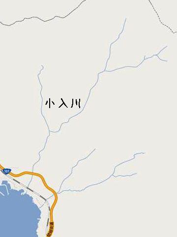 小入川を跨ぐ鉄道は、この五能線だけですから