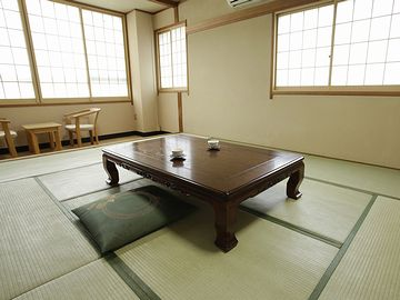 和室の個室がありますね