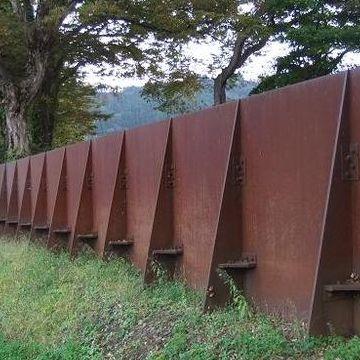 これのどこが鉄壁なんだ?
