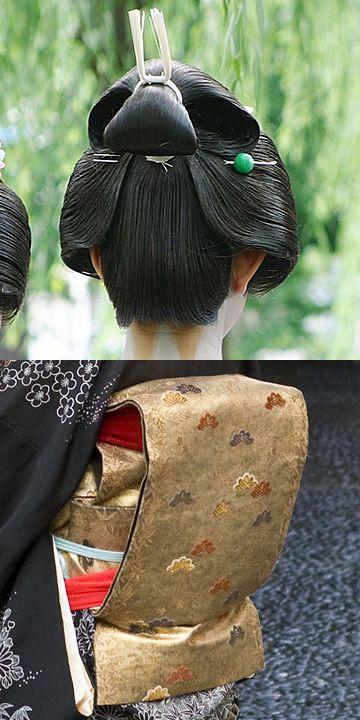 留袖さんの後ろ髪と帯の結び方