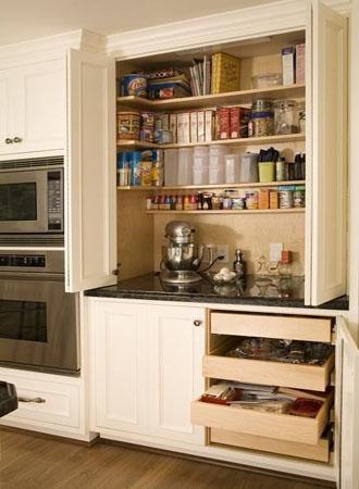 qua các ý tưởng tủ đựng thức ăn trong tủ bếp