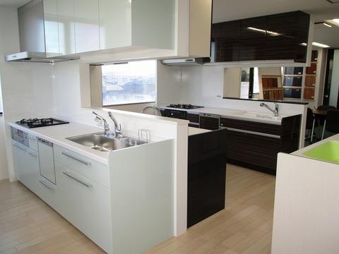 システムキッチン (1)