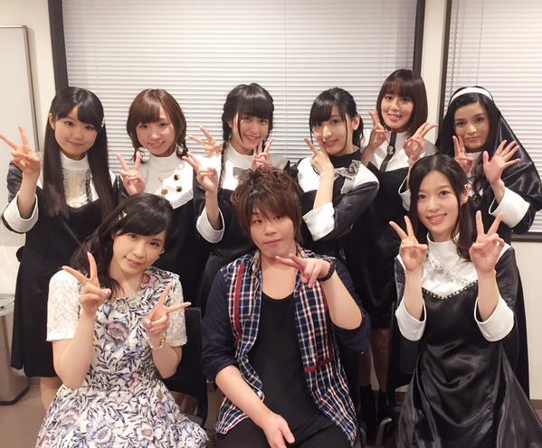 声優・松岡禎丞さんが女声優に囲まれる
