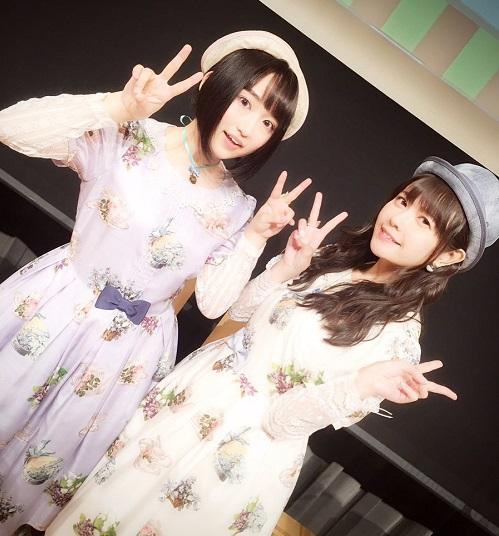 【悲報】悠木碧と竹達彩奈のレズ営業、キモオタのためにキスをする・・・