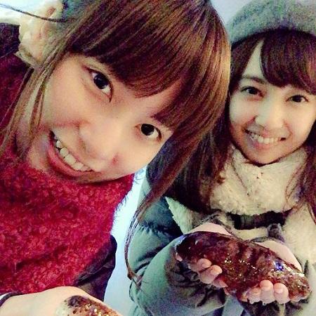 【朗報】小宮有紗さんと伊波杏樹さん、靴下が偶然オソロになるw