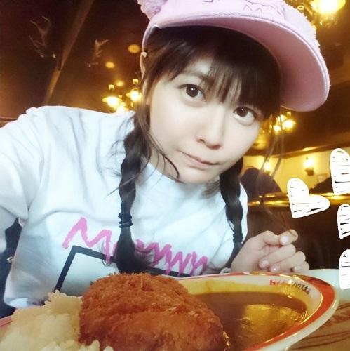 【画像】竹達彩奈さん、大盛りカツカレーを食べてしまうwww
