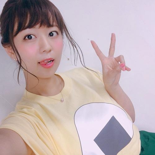 【画像】井口裕香さん、ダサいTシャツを着てしまうwww