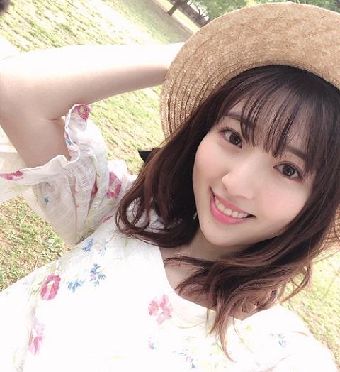 【朗報】豊田萌絵さん、とんでもなく可愛い上目づかい自撮り動画を公開する