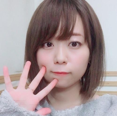 【画像】井口裕香さんのニットおっぱいwww