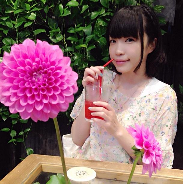 【画像】諏訪彩花さん、スケスケ衣装を披露してしまうwww