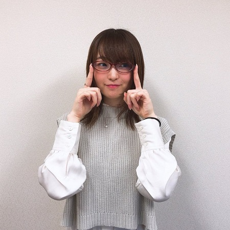 上田麗奈ちゃんとかいう美人かどうか評価が分かれそうな声優