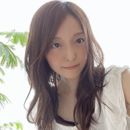 【画像】声優の加藤英美里さん(37)、ガンダムの主題歌歌ってるおばさんみたいになってしまう・・・