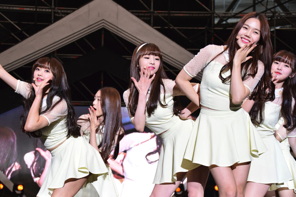 OH MY GIRL #11