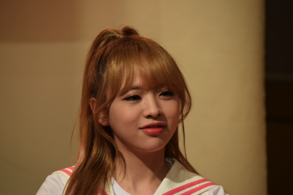 OH MY GIRL #12