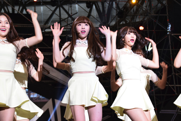 OH MY GIRL #15