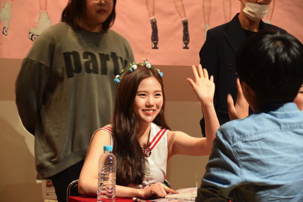 OH MY GIRL #59
