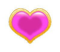 装飾的な金枠に、ツヤのある濃いピンク色のハートが埋まっている