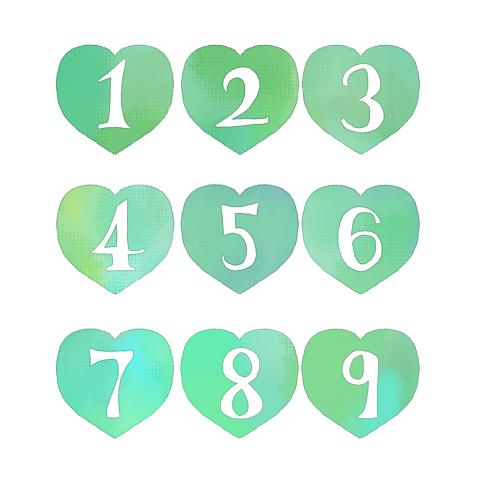 手描きの数字が白抜きされた緑色のハートイラスト素材