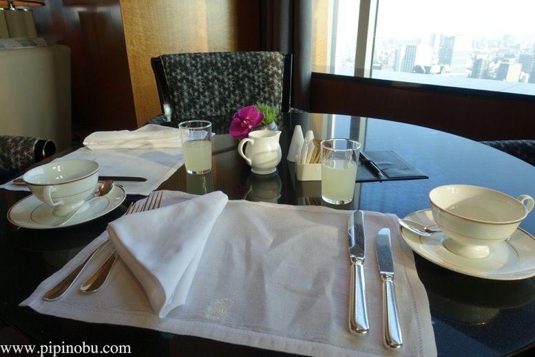 ザ・リッツ・カールトン東京の朝食をレポート!ロビーラウンジとクラブラウンジを比較!