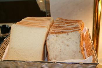 朝食のパン4