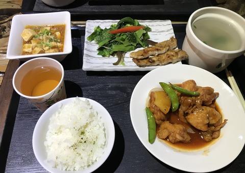 宿夕飯鶏肉