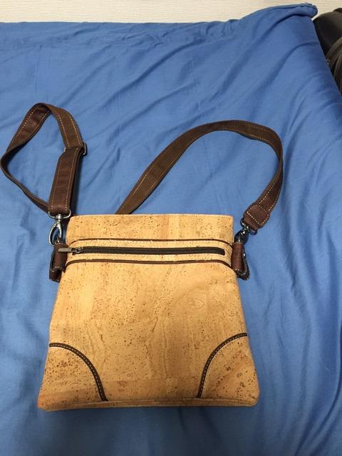 コルクのバッグ