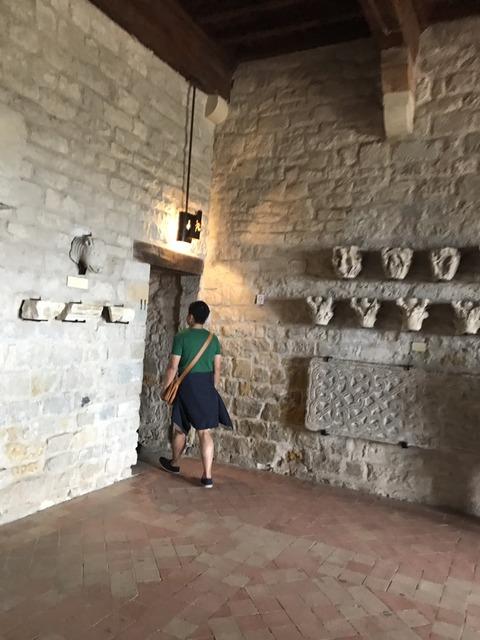 コンタル城内部