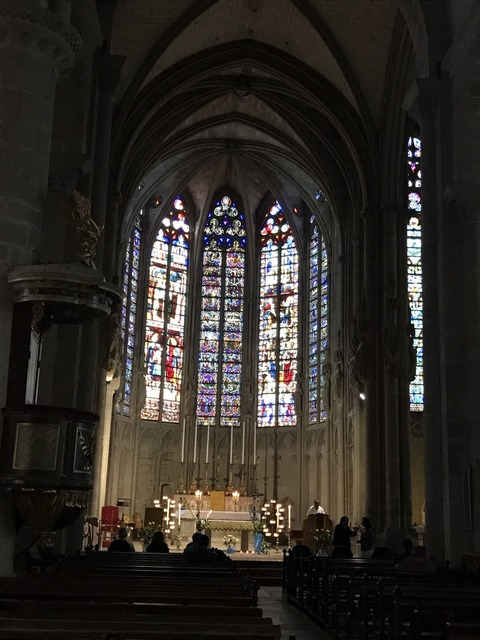 聖堂ステンドグラス