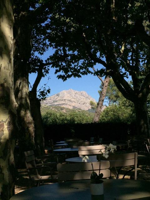 レストランから見たサントビクトワール山
