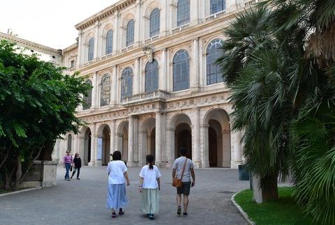 バルベリーニ宮殿外観