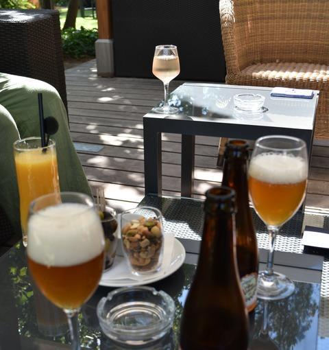 昼食のビール
