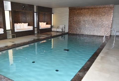 室内プール