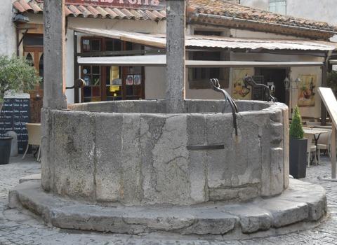 伝説の井戸