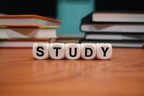 study-1968077__480
