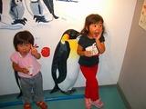 ペンギンと娘