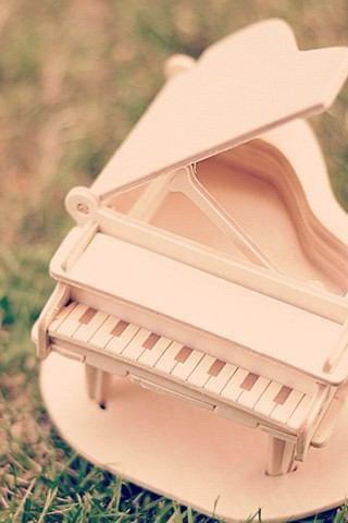 ピアノピンク外おもちゃ