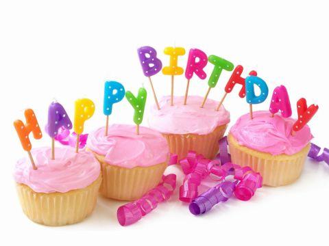 誕生日カップケーキ4個20140702