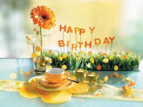 誕生日ケーキ黄色花ティーカップ20140702