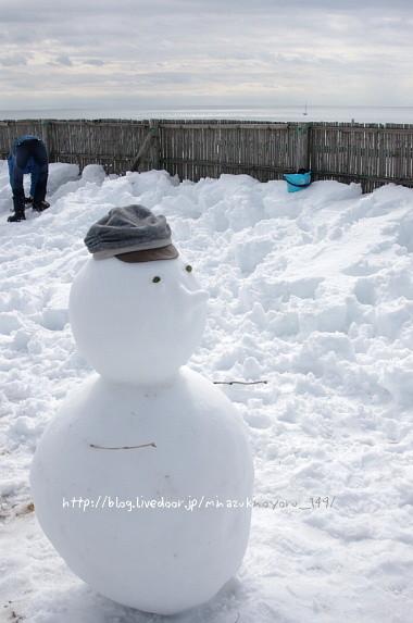 大きな雪だるまでしたよー!