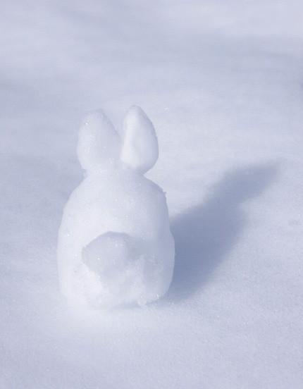 雪やこんこ あられやこんこ