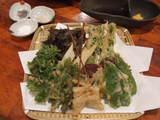 島素材の天ぷらの盛り合わせ