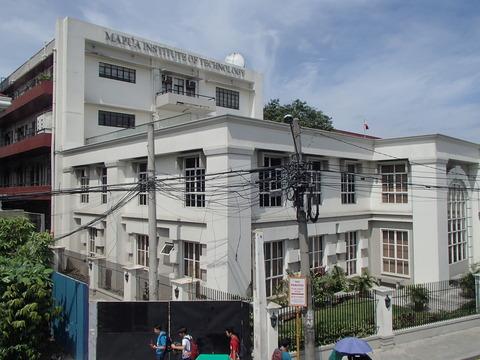 スペイン植民地時代の色彩の強い街並み―フィリピン・マニラ/イントラムロス