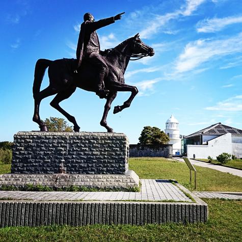 樫野埼灯台騎馬像