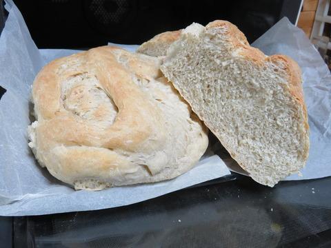 すり荏胡麻入り天然酵母パン8の9