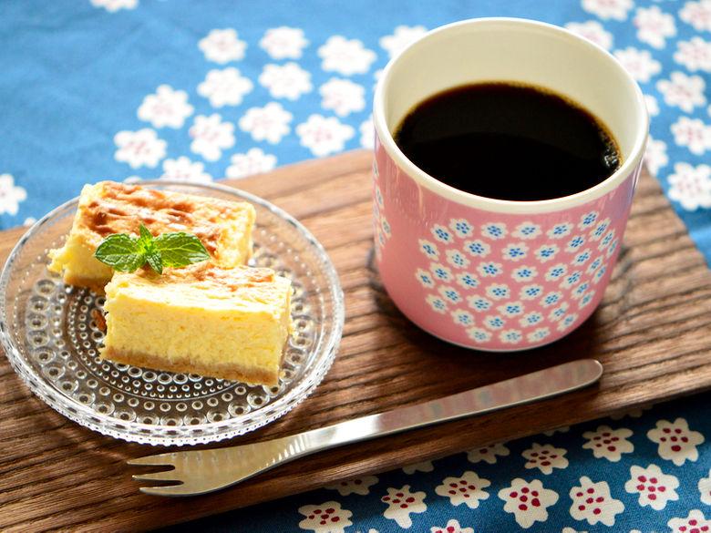 marimekko プケッティラテマグ iittala カステヘルミ 柳宗理 ヒメフォーク NYチーズケーキ おやつ