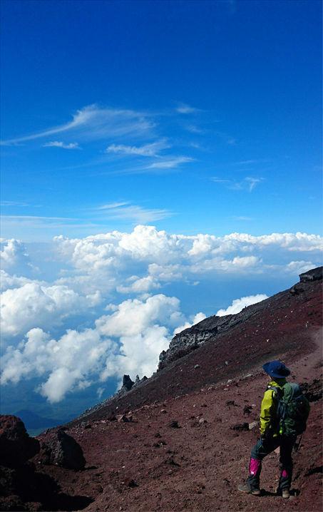 富士山登頂!吉田ルートからお鉢巡りをして「本当の頂上」に辿り着くためのルートを紹介!