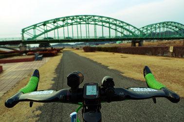 渡良瀬川サイクリングロードで桐生市へ